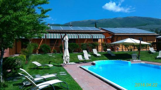 Trevi, Italië: La piscina