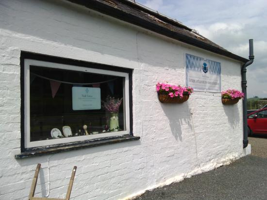 Dumfries and Galloway, UK: Thistle Vintage