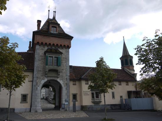 Oberhofen am Thunersee, Sveits: На входе