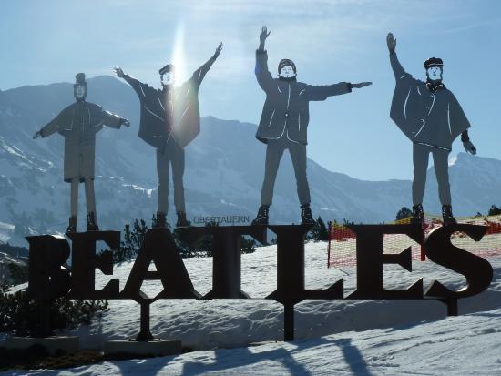 Beatles Memorial