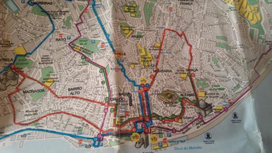 miradouros de lisboa mapa Mapa de Lisboa. Véase la línea roja de Yellow Bus y la 4ª parada  miradouros de lisboa mapa