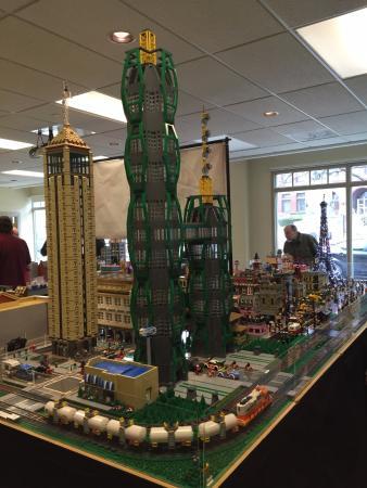 Geneva, IL: Lego Exhibit