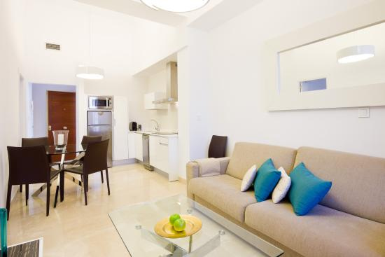 Habitat Suites Gran Via 17