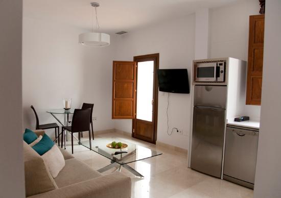 Habitat Suites Gran Via: Apartamento con terraza