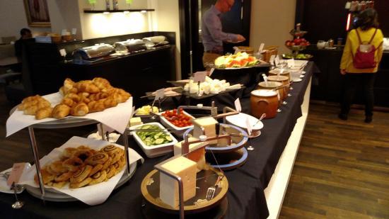 Best Hotel Breakfast Brunch In Maryland