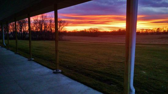 Waukon, IA: enjoy the peaceful view of our patio