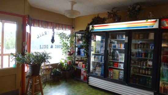 Meacham, OR: Inside cafe