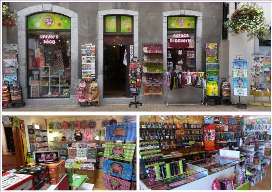 Oloron-Sainte-Marie, Frankrike: Lieu atypique sur oloron déco, cadeau souvenir ainsi que la dernière droguerie