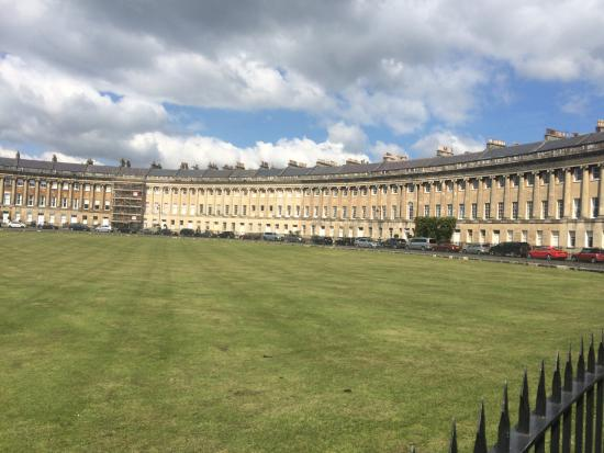 Treasures of Bath Fun Walking Tour