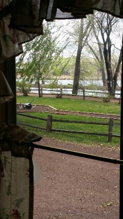 Lazy Oaks Resort: 20160425_121021_large.jpg