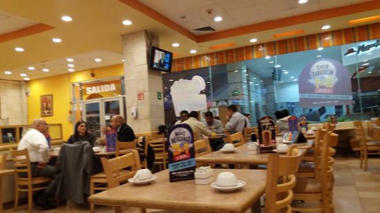 El Portón Restaurante --- Plaza Galerias