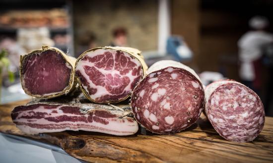 Província de Arezzo, Itália: Salumi tipici di nostra produzione