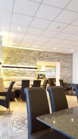 Central City Hotel : IMG-20160425-WA0000_large.jpg