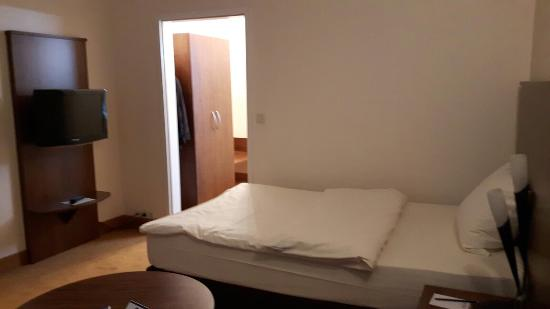 Best Western Plus Hotel Fellbach-Stuttgart: 20160426_191438_large.jpg