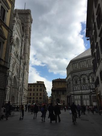Tourist House Vittorio Ricci: Veduta dall'entrata