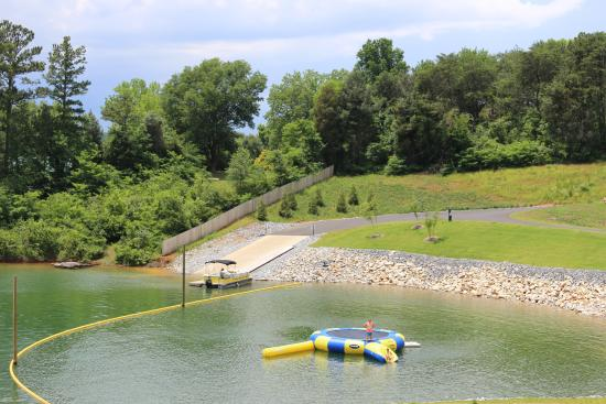 Floating dock for guest boats and Jet Ski floats - Picture