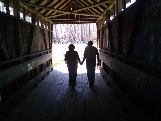 Seagrove, Carolina del Norte: Mom and Dad, together 61 years.