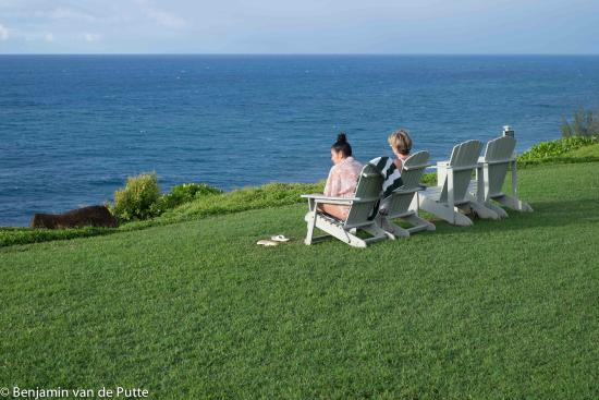Cliffs at Princeville: Just a 3 minute walk to the cliff, sit, and enjoy.
