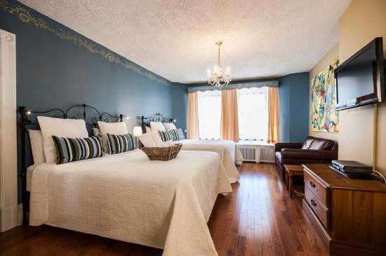 Chateau de l'Argoat: Chambre Supérieure, 2 lits doubles, bain tourbillon