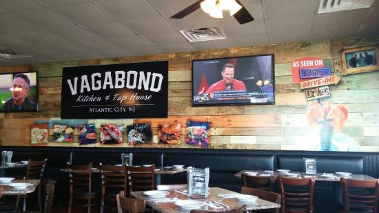 c1190c2709 Vagabond Kitchen   Tap House  Grawler beer   delicious and Tequila shrimp  bangers explode in