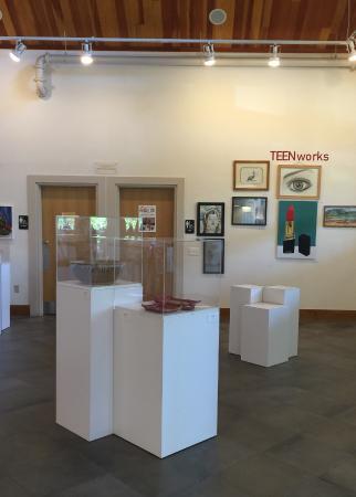 เวย์เน, เพนซิลเวเนีย: Foyer and exhibition space