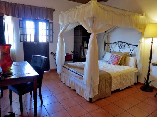 A typical room at Casa Armonia