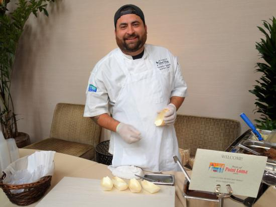 Blue Wave Bar & Grill: Chef at the Taste of Pt. Loma