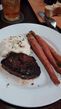 Rosedale, MD: cold steak, cold old crunchy carrots