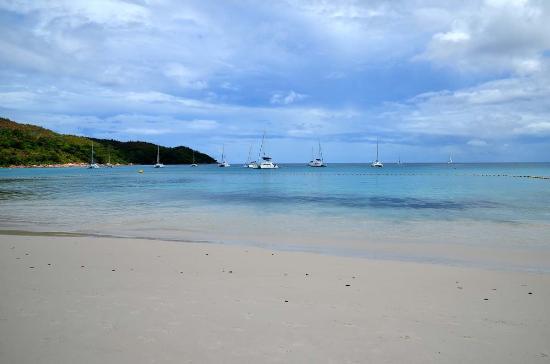 Praslin - Anse Lazio - Picture of Anse Lazio, Praslin Island ...