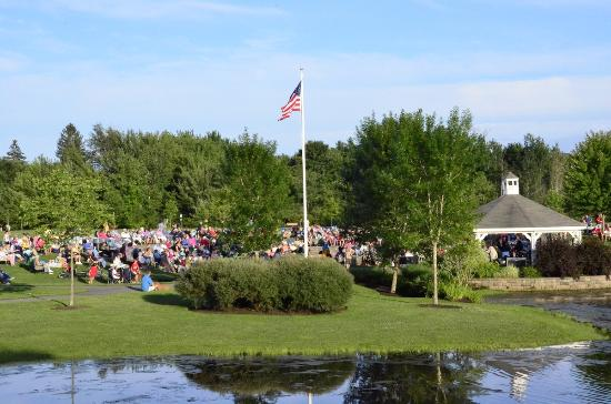 Scarborough Community Chamber of Commerce Summer Concerts in the Park