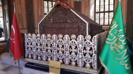 Osmangazi Orhangazi Turbesi