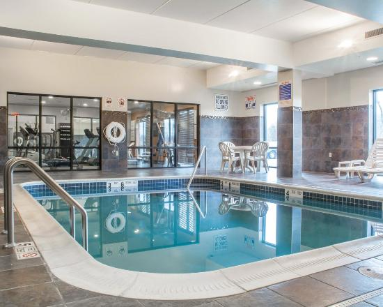 Cicero, NY: Indoor Heated Pool