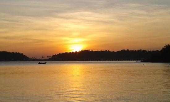 Klong Kloi Cottage: Le soir au calme sur la plage