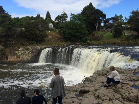 Paihia, New Zealand: Haruru Falls