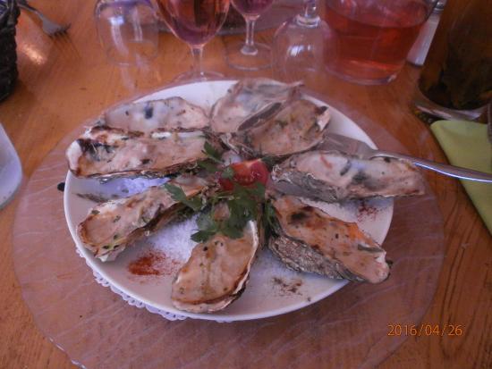 Saint-Pierre-d'Oleron, Francia: Huîtres gratinée