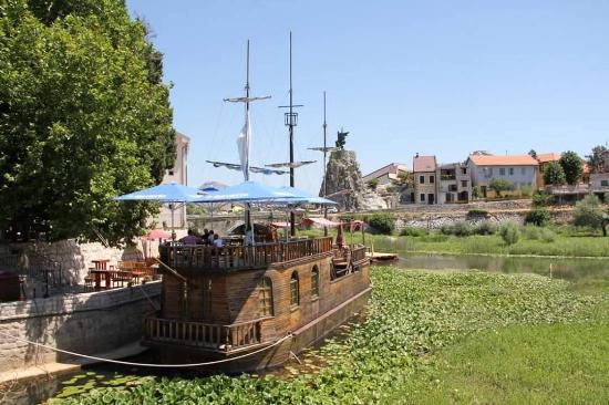 Restaurant Silistria: Boat Restaurant Silistrija