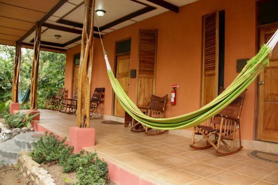 Carate, Kostaryka: Hacienda outside 2