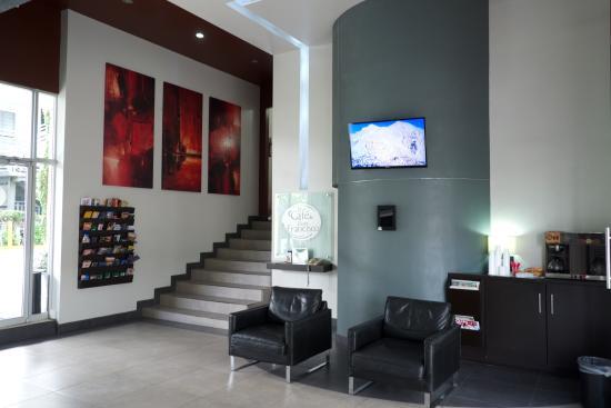 Hotel La Mesa: Lobby