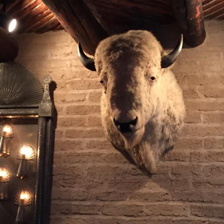 Marathon, Teksas: White Buffalo Bar