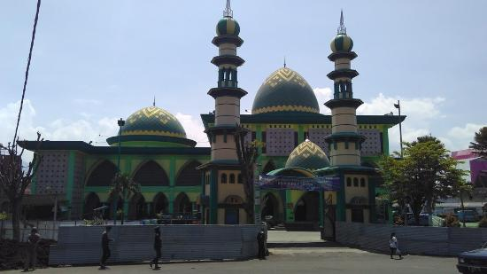 ‪An Nur Great Mosque‬