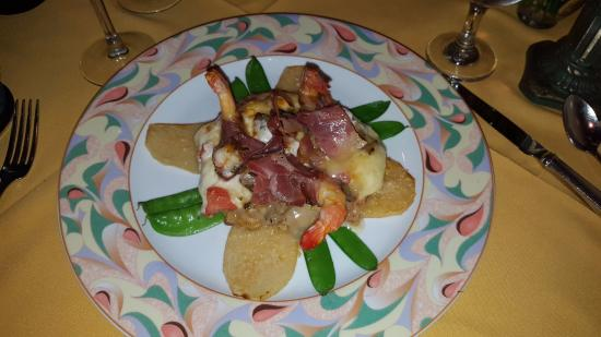 Violino Ristorante Italiano : veal special w/melted cheese, bacon-wrapped shrimp, portatoes