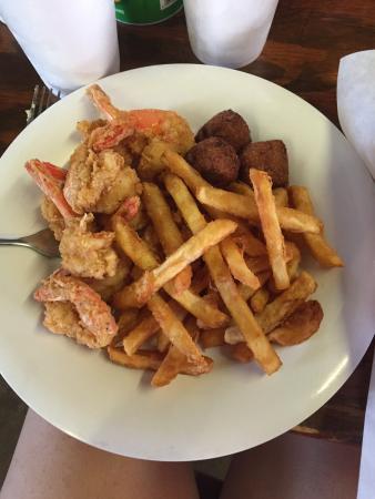 El Campo, TX: Fried Shrimp Plate