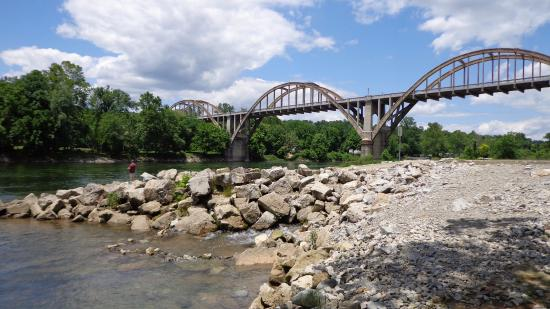 Historic Cotter bridge
