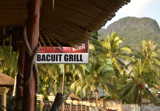 Bacuit Grill: Great place right next door to ElNido Garden Resort. Serving an American cuisine as well as seaf