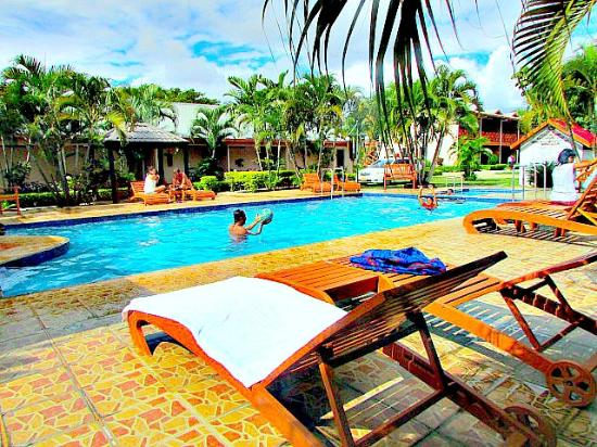 Wailoaloa Beach Resort Fiji Nadi Reviews Photos Price Comparison Tripadvisor