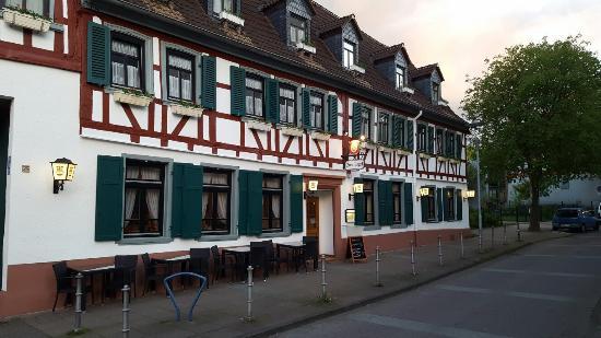 Hattersheim, Alemania: Außen