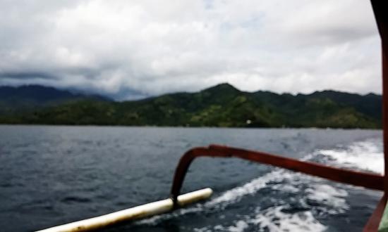 Gili Islands, Indonesia: berlayar menggunakan kapal
