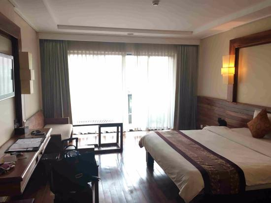 Royal Empire Hotel : デラックスルーム