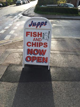 ‪Jupps Fish & Chips‬
