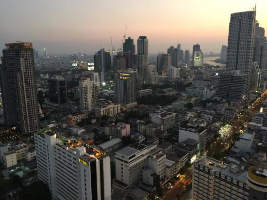 Spartan Chic in the heart of Silom
